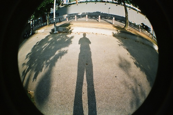 Alien Lomographer with Lomo fisheye