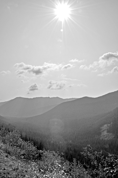 Sunlight Over the Mountains